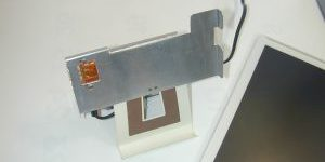 ARROWS Tabの充電スタンド